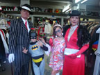 gallery/gal/Costumes_and_Customers/_thb_simmons_family.jpg
