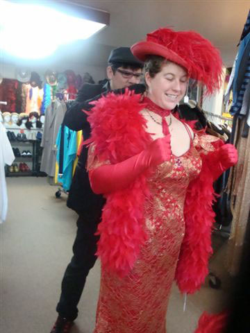 gallery/gal/Costumes_and_Customers/ladyinred2.jpg